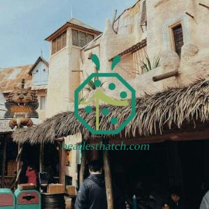 Synthetic Thatch Roofing For Tourist Place Log Hut Construction
