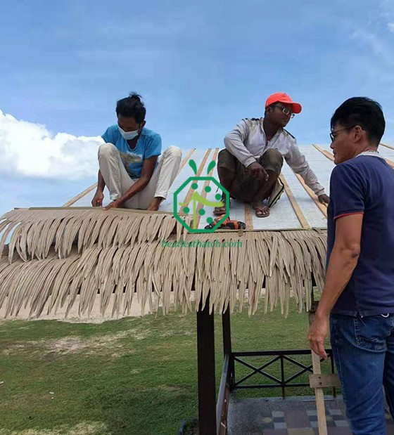 Synthetic Palm Thatch Roof For Malaysia Villa Resort